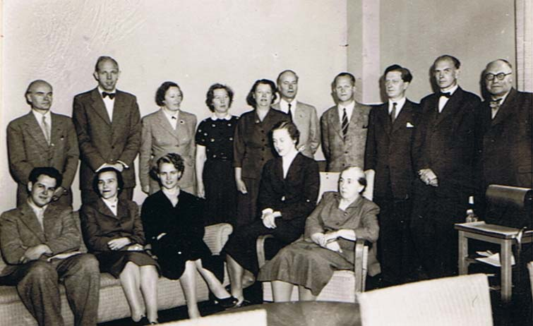 lararna1954